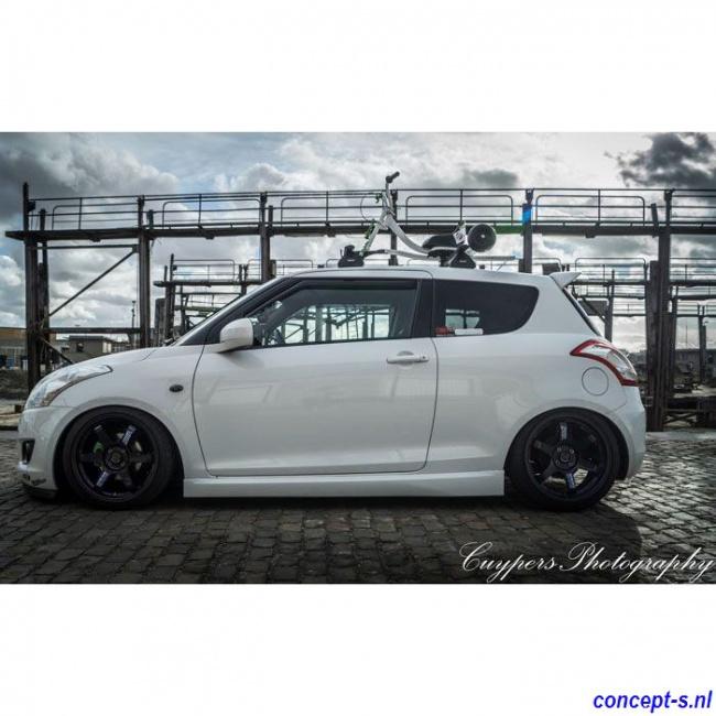 https://www.concept-s.nl/mwa/image/zoom/CS15452-Sideskirts-Suzuki-Swift-NZ-Sport-look-2010-2011-2012-2013-2014-2-drs.jpg