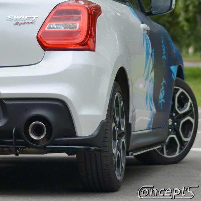 https://www.concept-s.nl/mwa/image/zoom/CS186RG-UnderLine-rear-corners-hoogglans-zwart-Suzuki-Swift-Sport-AZ-1.4-Boosterjet-2018-2019-2020-2021-2022-1.jpg